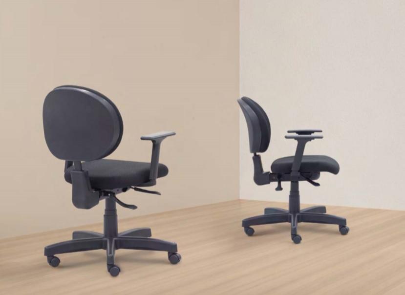 Cadeira Ergonomica 323 no ambiente - Cadeira 323 Executiva Giratória Ergonômica com braços