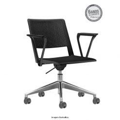 Cadeira Up giratoria com bracos preta 247x247 - Cadeira UP Giratória com braços