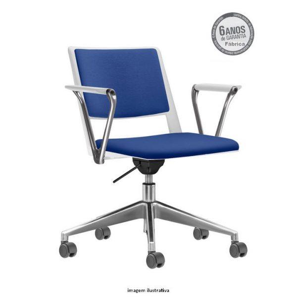 Cadeira Up giratoria estofada azul com bracos 600x600 - Cadeira UP Giratória com braços