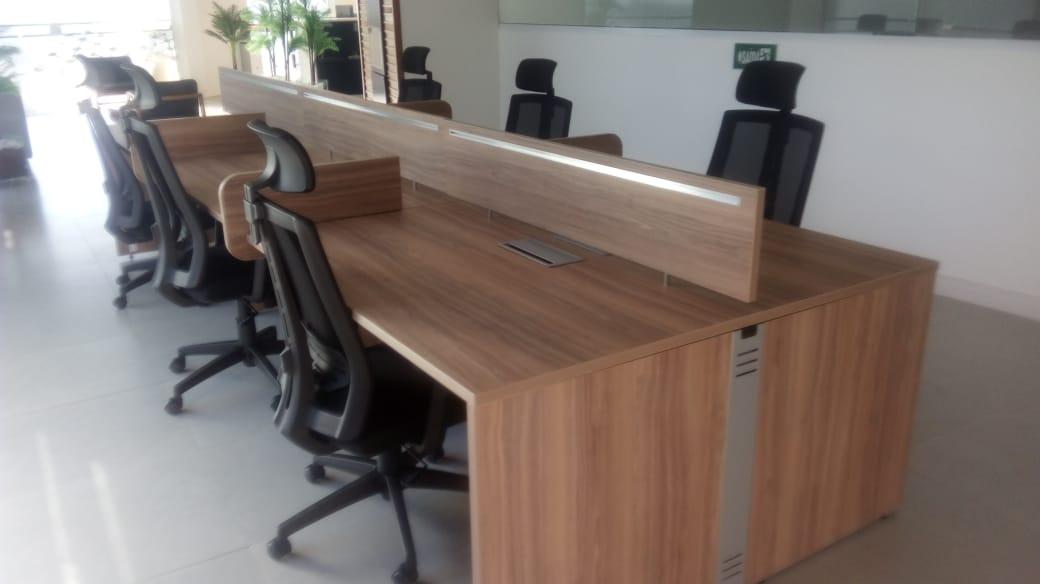 Plataforma de Trabalho Attuale Reta no ambiente - PLATAFORMA DE TRABALHO ATTUALE RETA DUPLA